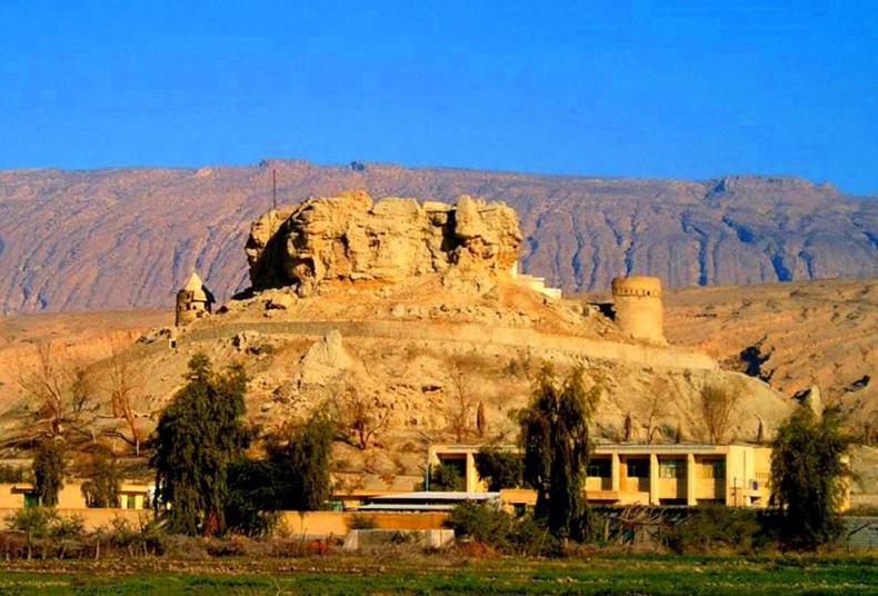 قلعه فین