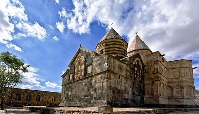 کلیسای تاتائوس